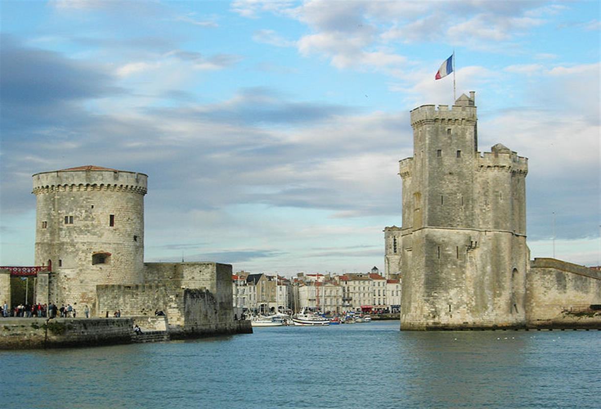 la rochelle all the news from the campsite on the ile de. Black Bedroom Furniture Sets. Home Design Ideas